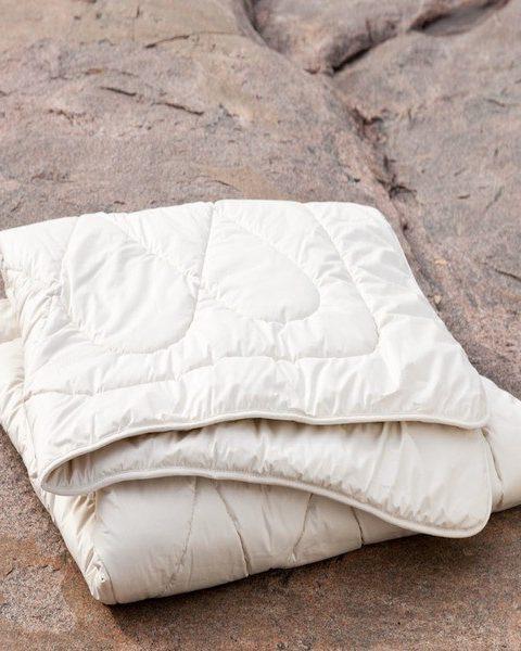 100% Organic merino wool duvet